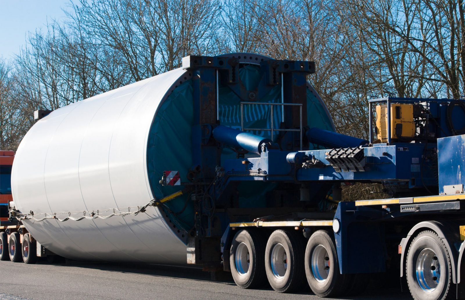 heavy transport wind turbine transportation